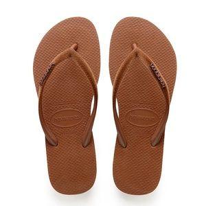 Havaianas Brown flip flops